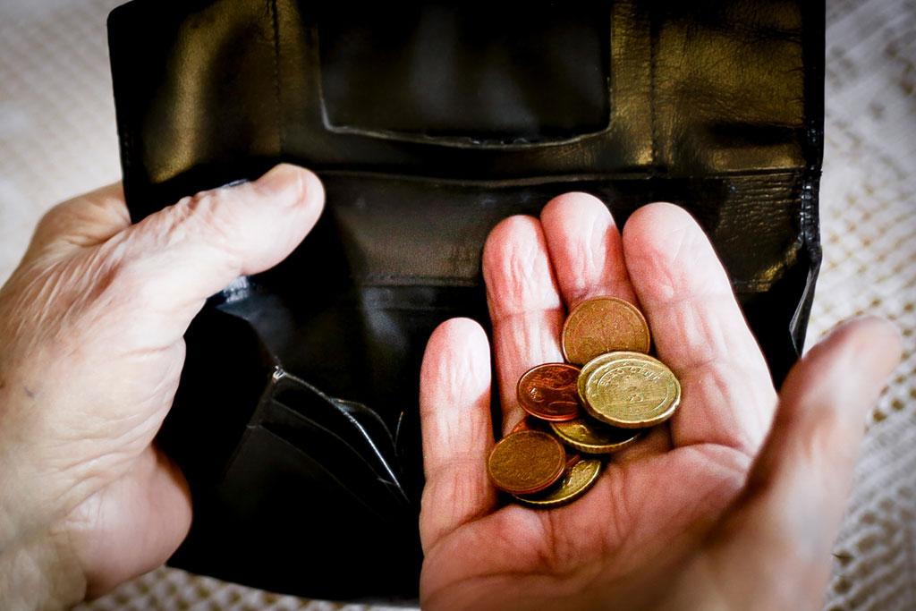 Geldbörse mit kaum was drin.